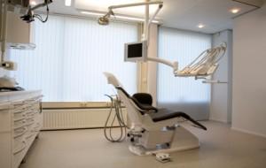 """Murray, Utah Residents Visit the Dentist"""